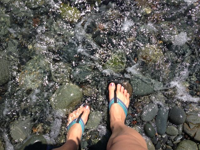 feet in sea water
