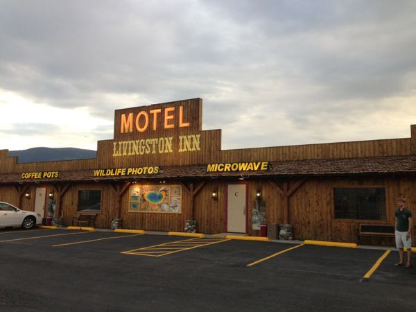 Livingston Inn Motel exterior